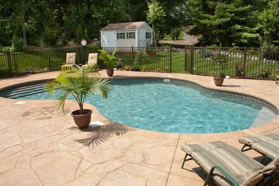 Pool Deck Decorating Ideas